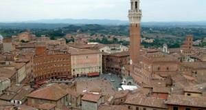 Piazza_del_Campo_Siena-780x500